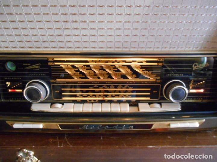 Radios de válvulas: Antiguo Radio de válvulas original, GRAETZ, MELODIA 419, funcionando gran sonido. - Foto 10 - 148099182