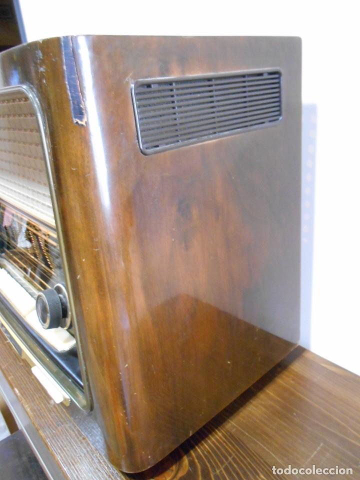 Radios de válvulas: Antiguo Radio de válvulas original, GRAETZ, MELODIA 419, funcionando gran sonido. - Foto 15 - 148099182