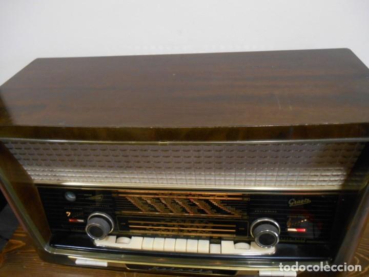 Radios de válvulas: Antiguo Radio de válvulas original, GRAETZ, MELODIA 419, funcionando gran sonido. - Foto 16 - 148099182