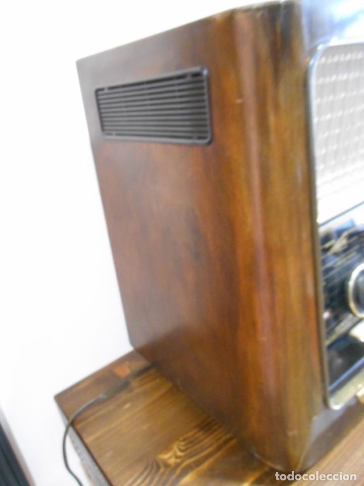 Radios de válvulas: Antiguo Radio de válvulas original, GRAETZ, MELODIA 419, funcionando gran sonido. - Foto 17 - 148099182