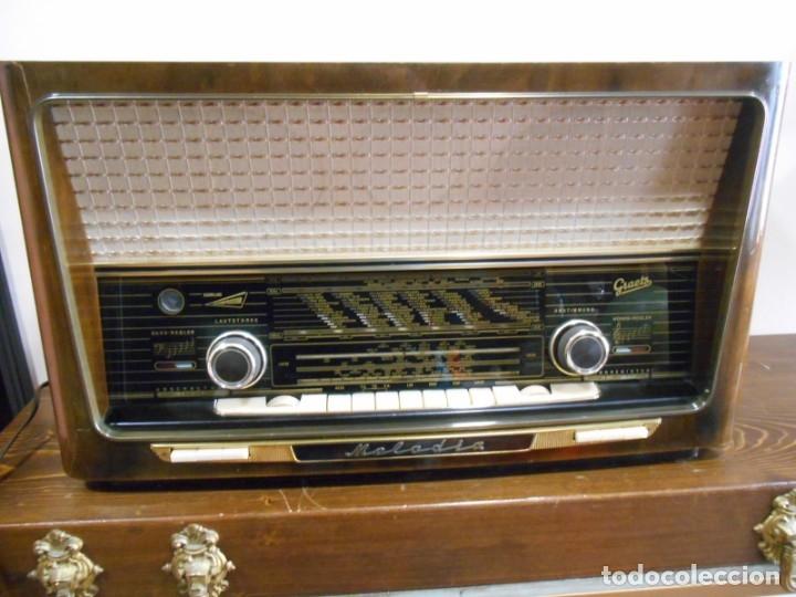Radios de válvulas: Antiguo Radio de válvulas original, GRAETZ, MELODIA 419, funcionando gran sonido. - Foto 18 - 148099182