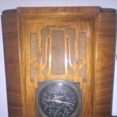 Radios de válvulas: ESPECTACULAR RADIO ZENITH AÑOS 30. Lote 148708621