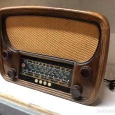 Radios de válvulas: RADIO VICA MODELO 1007 VÁLVULAS. Lote 148892166