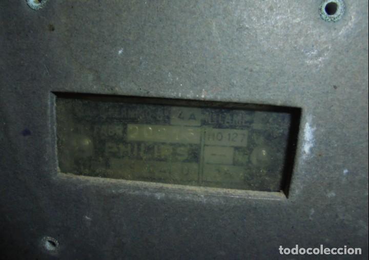 Radios de válvulas: ANTIGUA RADIO. MARCA PHILIPS MODELO BR-241-U. FUNCIONA PERFECTAMENTE. 110 - 127 V. 29 X 15CM. VER - Foto 12 - 148907042