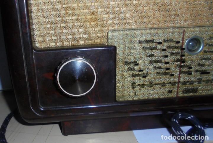 Radios de válvulas: ANTIGUA RADIO. R-F-T EINKREISEMPFÄNGER. MODELO 1U 11. FUNCIONA. 220 V. RADIO BERLIN. 38 X 28CM. VER - Foto 7 - 148912982