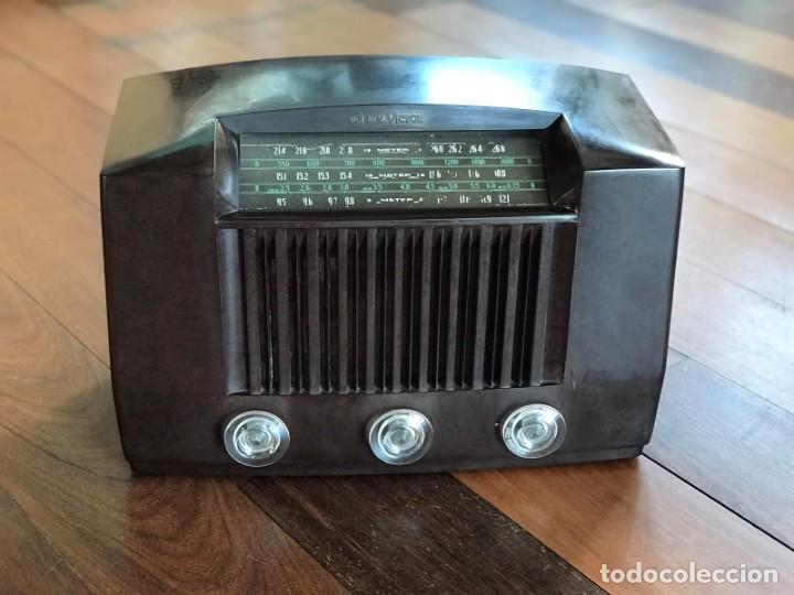 RADIO RCA VICTOR AMERICANA. MODELO Q 122. 65 WATIOS. PARA RESTAURAR O ADORNO. (Radios, Gramófonos, Grabadoras y Otros - Radios de Válvulas)