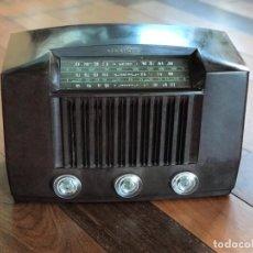 Radios de válvulas: RADIO RCA VICTOR AMERICANA. MODELO Q 122. 65 WATIOS. PARA RESTAURAR O ADORNO.. Lote 149552638