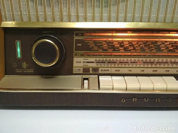 Radios de válvulas: RADIO GRUNDIG (1960) - FUNCIONANDO MUY BIEN - CON FM - OJO MÁGICO - VER VIDEO - Foto 5 - 149645266