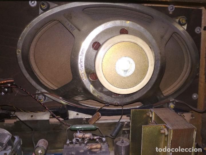 Radios de válvulas: RADIO GRUNDIG (1960) - FUNCIONANDO MUY BIEN - CON FM - OJO MÁGICO - VER VIDEO - Foto 9 - 149645266