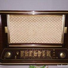 Radios de válvulas: BONITA RADIO BLAUPUNKT EN MADERA - CON FM - Y FUNCIONANDO EN TODAS LAS ONDAS- VER VÍDEO. Lote 150699290