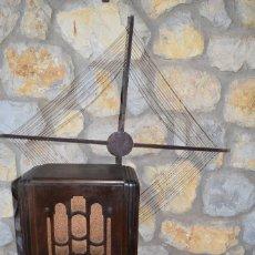 Radios de válvulas: ANTIGUA RADIO ATWATER KENT MODER E 865. Lote 151001754
