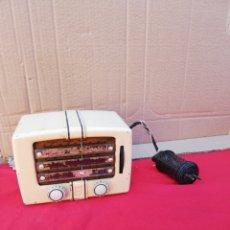 Radios de válvulas: ESPECTACULAR RADIO ANTIGUA DE VÁLVULAS EN MINIATURA. Lote 151101009