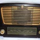 Radios de válvulas: ANTIGUA RADIO. MARCA PHILIPS. TIPO BE-341-A. 40 W. FUNCIONA. VER FOTOS. Lote 151705198