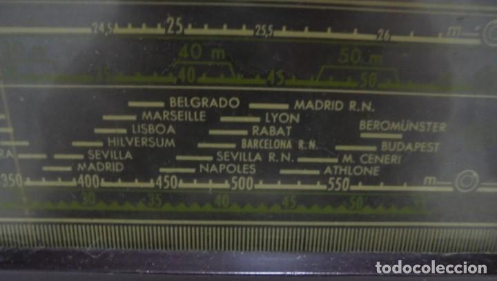 Radios de válvulas: ANTIGUA RADIO. MARCA PHILIPS. TIPO BE-341-A. 40 W. FUNCIONA. VER FOTOS - Foto 7 - 151705198