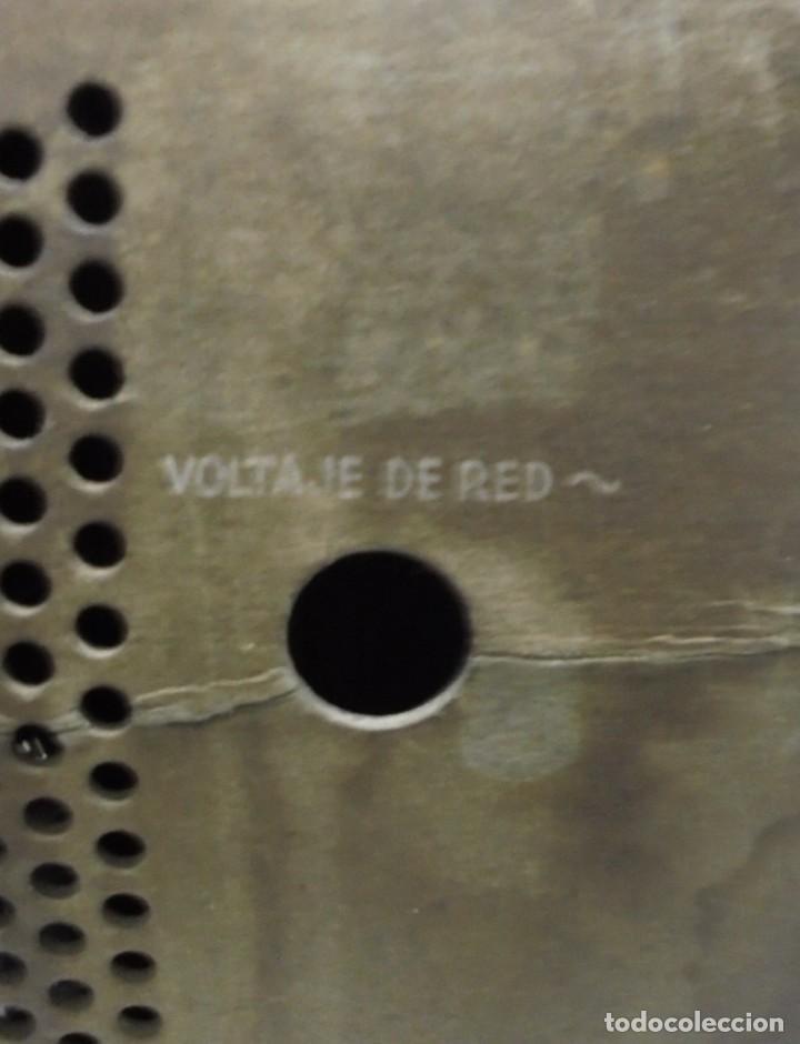 Radios de válvulas: ANTIGUA RADIO. MARCA PHILIPS. TIPO BE-341-A. 40 W. FUNCIONA. VER FOTOS - Foto 12 - 151705198