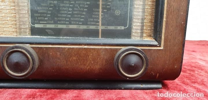 Radios de válvulas: RADIO A VALVULAS. SINTONIZADOR PHILIPS MODELO 49-A. ESPAÑA. CIRCA 1940. - Foto 4 - 151705878