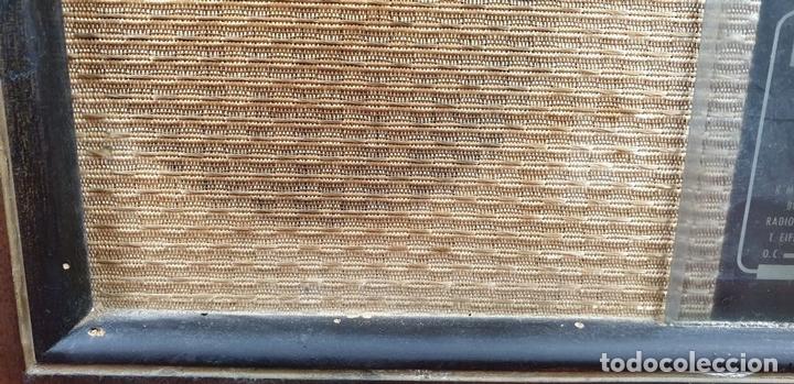 Radios de válvulas: RADIO A VALVULAS. SINTONIZADOR PHILIPS MODELO 49-A. ESPAÑA. CIRCA 1940. - Foto 9 - 151705878