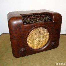 Radios de válvulas: ANTIGUA RADIO VALVULAS ¨BUSH TIPE DAC 90 A´, BAQUELITA, AÑOS 50, MAGNÍFICO ESTADO, FUNCIONANDO.. Lote 151830506