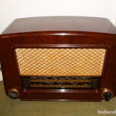 Radios de válvulas: ANTIGUA RADIO VÁLVULAS ¨COSSOR¨ MOD 524, AÑOS 50, BAQUELITA, ORIGINAL, FUNCIONANDO.. Lote 151833706