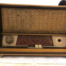 Radios de válvulas: RADIO DE VÁLVULAS ANTIGUO MARCA MUNDIAL RADIO ANCRA. Lote 152060940