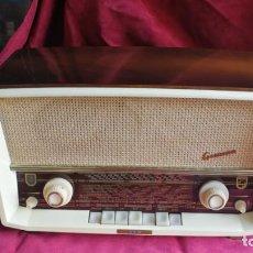 Radios de válvulas: PHILIPS GEMMA 304, EXCELENTE, VER DESCRIPCION Y VIDEO. Lote 155672242