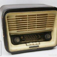 Radios de válvulas: ANTIGUA RADIO DE VÁLVULAS TELEFUNKEN SERENATA 58-3D - CARCASA MADERA - RESTAURACIÓN / PIEZAS. Lote 152405778