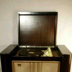 Radios de válvulas: RADIO TOCADISCOS THOMSON DUCRETET. Lote 152692686