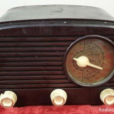 Radios de válvulas: RADIO RECEPTOR A VÁLVULAS. UNIVERSAL. MODELO L-40. LACORA. CIRCA 1950.. Lote 172231209
