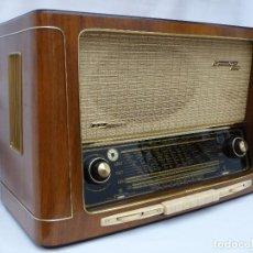 Radios de válvulas: ANTIGUA RADIO DE VÁLVULAS GRUNDIG, 4035W/3D, COMO NUEVA, FANTASTICO SONIDO, VER VÍDEO.. Lote 153236022