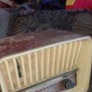 Radios de válvulas: RADIO DE MADERA TELEFUNKEN. Lote 153624866