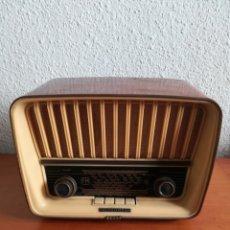 Radios de válvulas: RECEPTOR TELEFUNKEN CAMPANELA U-1946-FM - VÁLVULAS. Lote 153867446