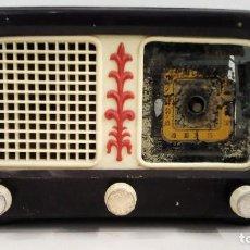 Radios de válvulas: RADIO DE VÁLVULAS ANTIGUA MARCA ONDINA 5 LÁMPARAS 25,50 X 16 X 13 CM APROX.. Lote 154686154