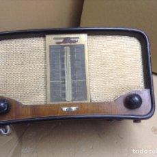 Röhrenempfänger - Radio AEESA modelo LEO. Mide en cms 34x18x20. No funciona - 155492712