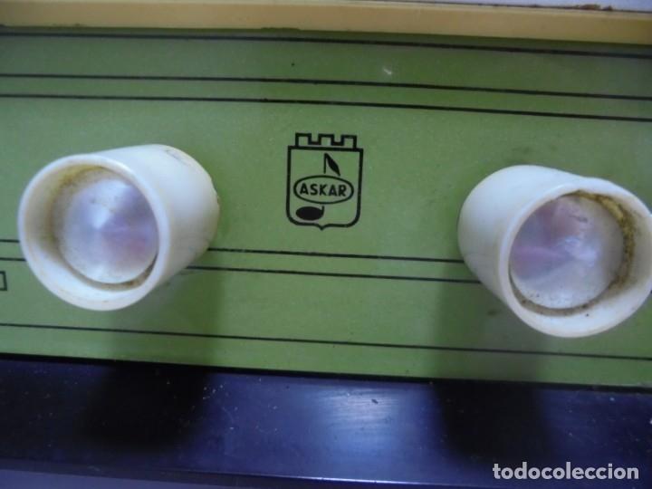 Radios de válvulas: RADIO. ASKAR. MODELO AE - 1331. FUNCIONA. BUEN ESTADO. VER FOTOS - Foto 8 - 76439399