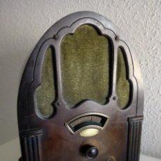 Radios de válvulas: RADIO CAPILLA CELESTION USA AÑOS 30. Lote 155586666