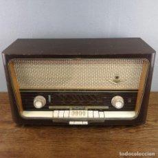 Radios de válvulas: ANTIGUA RADIO DE 8 VALVULAS FABRICADA POR GRUNDIG MODELO 3099 AÑO 1959. Lote 155727706