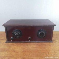 Radios de válvulas: ANTIGUA RADIO RECEPTOR DE VALVULAS MADERA Y BAKELITA MARCA DESCONOCIDA DINAMARCA AÑOS 30 MUY RARA. Lote 155760302