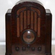 Radios de válvulas: RADIO DE CAPILLA RCA VICTOR COMPANY INC. U.S.A EN MADERA DE NOGAL. HACIA 1920. Lote 155929038