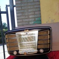 Radios de válvulas: IMPRESIONANTE Y RARA RADIO ANTIGUA DE VÁLVULAS EXCELSIOR IMPECABLE. Lote 156499602