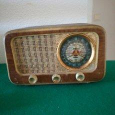 Radios de válvulas: RADIO DE VÁLVULAS. Lote 156813374