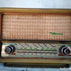 Radios de válvulas: ANTIGUA RADIO DE VALVULAS FUNCIONANDO. Lote 157135798