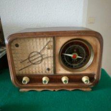 Radios de válvulas: RADIO DE VÁLVULAS. Lote 158053198