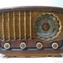 Radios de válvulas: PRECIOSA RADIO ANTIGUA EN PLENO FUNCIONAMIENTO.. Lote 158132324