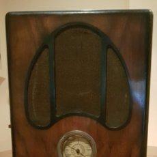 Radios de válvulas: RADIO ART DECO FRANCESA AÑOS 1930-40~. MOD. FANFARE.. Lote 158500529