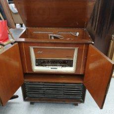 Radios de válvulas: APARATO DE RADIO TELEFUNQUE TOCADIS ESTERO. AÑOS 60. Lote 158665526