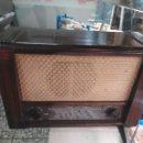 Radios de válvulas: ANTIGUA RADIO DE VÁLVULAS SABA. Lote 158786274