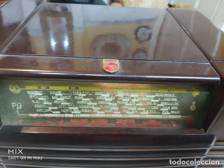 Radios de válvulas: PHILIPS RADIO ANTIGUA ORIGINAL DE BAKELITA - Foto 2 - 159380954