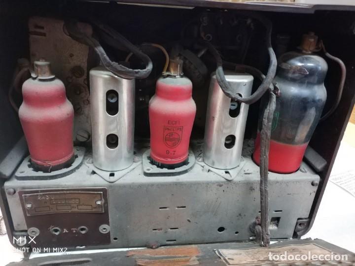 Radios de válvulas: PHILIPS RADIO ANTIGUA ORIGINAL DE BAKELITA - Foto 5 - 159380954
