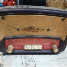 Radios de válvulas: RADIO RADIALVA SUPER-CLIPS BAKELITA 1953 . Lote 159383294