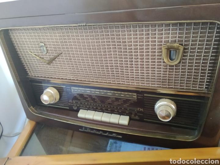 RADIO TOCADISCOS IBERIA (Radios, Gramófonos, Grabadoras y Otros - Radios de Válvulas)